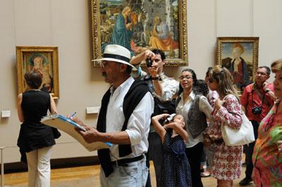 Milan Keselj u muzeju Luvr